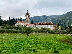 Vis town monastery